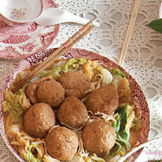 """Braised """"Lion's Head"""" Meatballs with Napa Cabbage."""