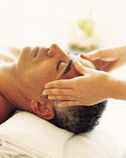 Spa-Fitness-Crystal-Spa-Mens-Massage - Time to recharge: Let a relaxing massage take you away while you vacation aboard Crystal Symphony.