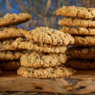 Oatmeal Cookies with Dried Blueberries and Crystallized Ginger
