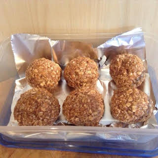 Easy High Protein Oaty Bites.