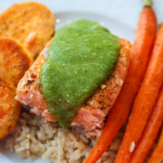 Basil Pesto Salmon With Roasted Vegetables