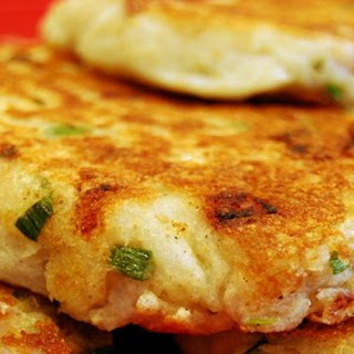 Mashed Potato Cakes With Onions Recipes.
