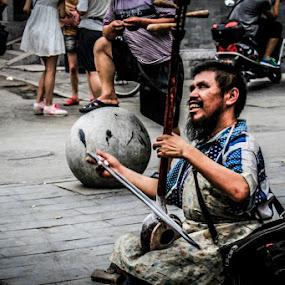 Life by Eddy Tan - People Street & Candids ( music, life, street, men, portraits, people, china )