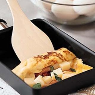 Fontina and Prosciutto Omelette