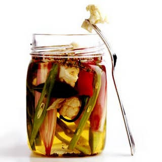 Quick Refrigerator Pickles.