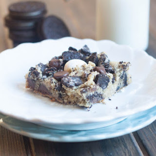Loaded Cookies and Cream Cookie Bars