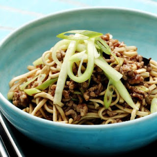 Low-Carb Asian Noodle Dish With Pork