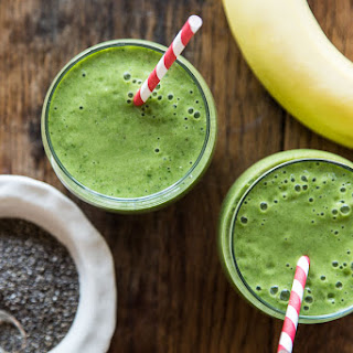 Banana, Chia and Spinach Smoothie.