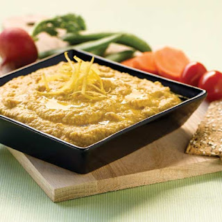 """""""Raw"""" Beanless Zucchini Hummus."""