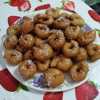 Rosquitas – Doughnuts with Syrup
