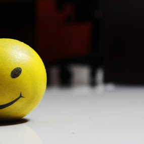 Hai  by Arjun Madhav - Artistic Objects Toys ( ball, happy face, shadow, artistic objects, yellow, smile,  )