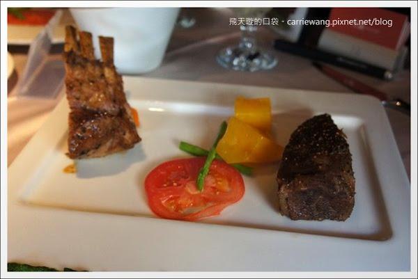 【台中牛排餐廳】王品台塑牛排。這一餐,滿滿的感動之情溢於言表啊!