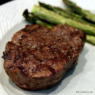 How to Grill a Filet Mignon on a Gas Grill.