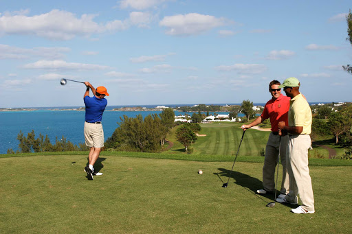 golf-Tucker-Point-Bermuda - Driving the ball on Tucker's Point Golf Course, Bermuda.
