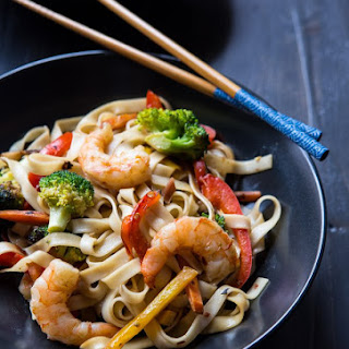 Shrimp Lo Mein Stir Fry
