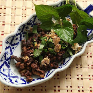 Larb Muang Moo (Northern Thai-Style Chopped Pork Salad).