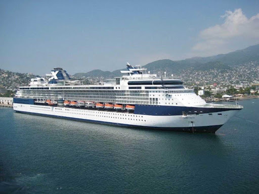 Celebrity-Infinity-Acapulco - Celebrity Infinity in Acapulco, Mexico.