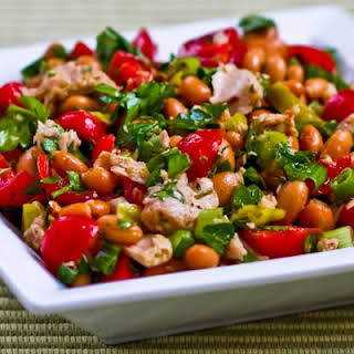 Spicy Pinto Bean and Tuna Salad with Peperoncini, Tomatoes, and Parsley.