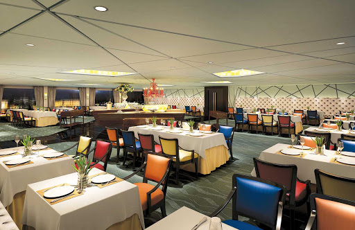 Uniworld-Century-Legend-and-Paragon-VIP-restaurant - Experience impeccable dining in an eye-catching setting in the VIP a la carte restaurant during your cruise along the majestic Yangtze River in China.