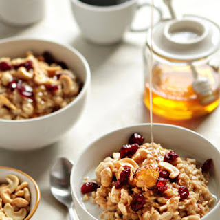 Homemade Oatmeal with Cashews and Honey.