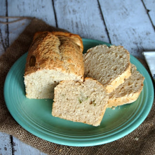 Sweet Basil Beer Bread