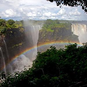 Victoria Falls Rainbow.jpg