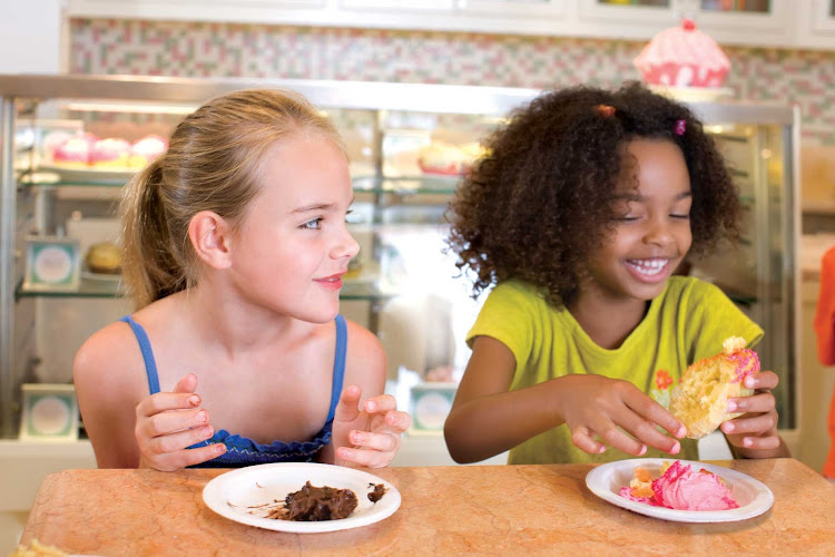 Children will love the cupcakes at the Cupcake Cupboard aboard Oasis of the Seas.