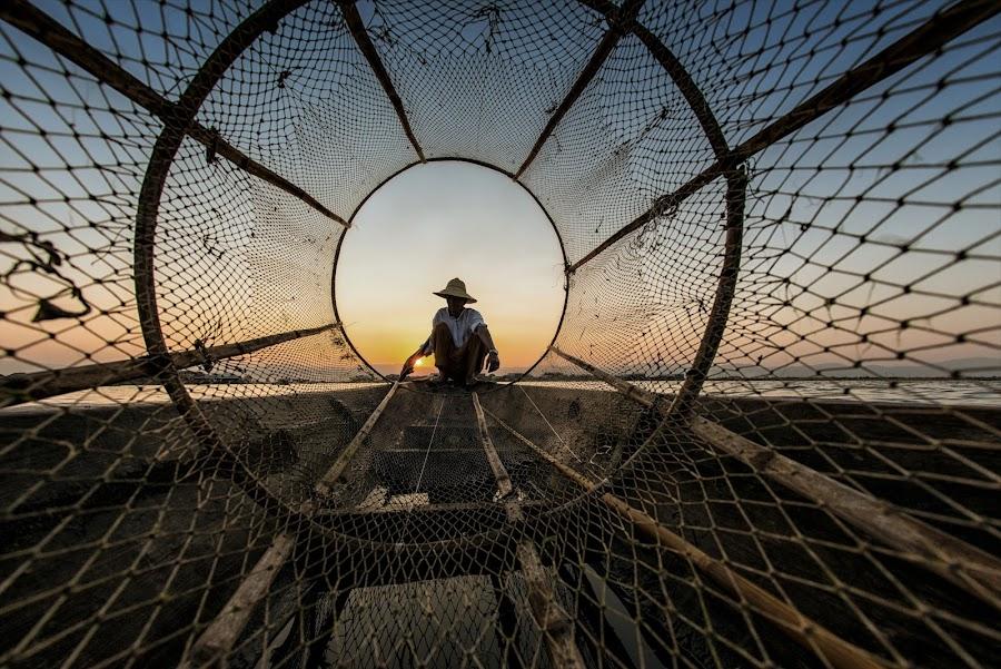 thru the net by Hamni Juni - Transportation Boats