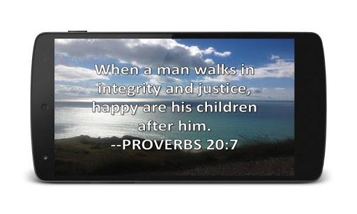 神聖的聖經頂部諺語