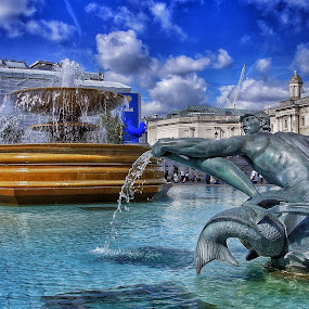by Jose Figueiredo - City,  Street & Park  Fountains ( london, fountains, square, city,  )
