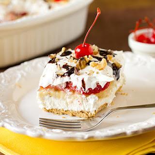 No-Bake Banana Split Cake Dessert.