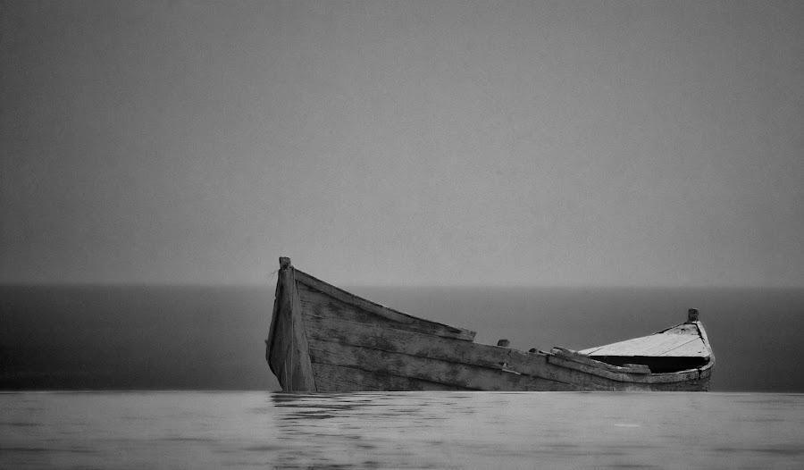 Waiting... by Laurentiu Mihai - Black & White Landscapes ( old, wood, sea, landscape, boat, light )