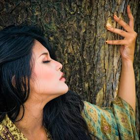 Queen of Trees by Saiful N. Firmansyah - People Portraits of Women ( model, batik, woman, trees, surabaya, , best female portraiture )