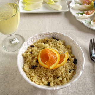 Cous Cous with cinnamon, curry and currants