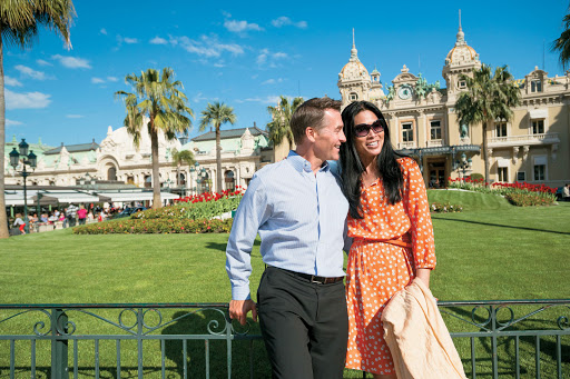 Monte-Carlo-Grand-Casino-couple - Stop by the Grand Casino in Monte Carlo for a memorable port visit during a cruise aboard Tere Moana.