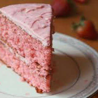 Fresh Strawberry Sponge Cake.