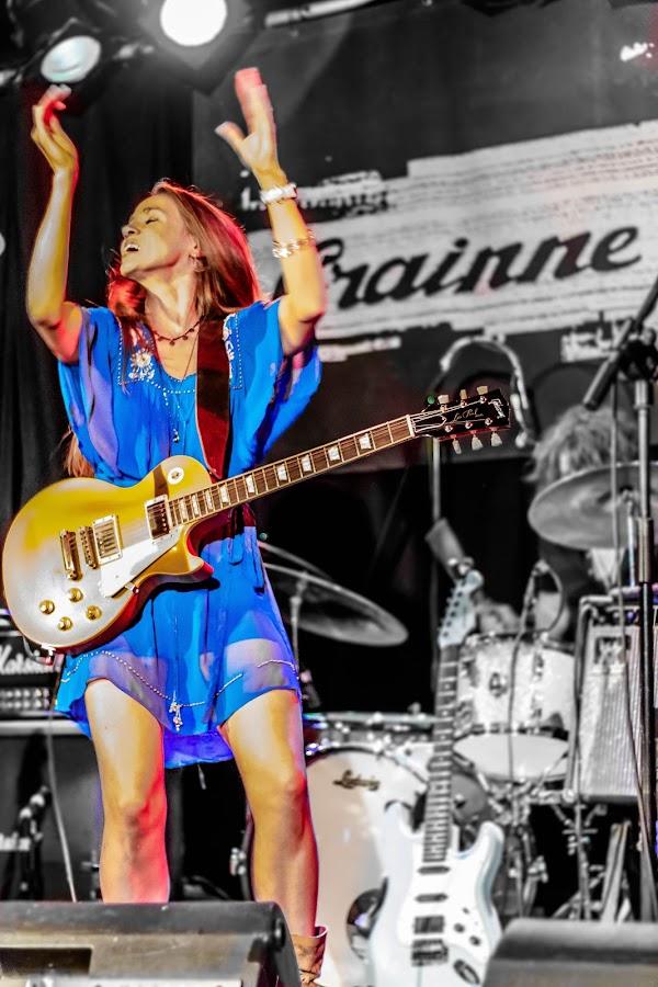 Grainne Duffy by Terry Hanna - People Musicians & Entertainers ( woodstock, belfast, grainne duffy, black box, blues )
