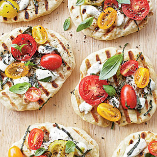 Grilled Tomato-Basil Pizzettes