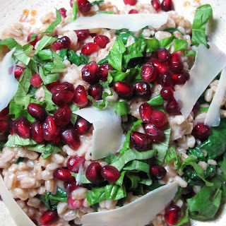 Farro, Spinach & Pomegranate - Holiday Healthy