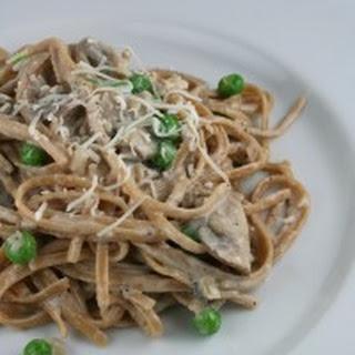 Creamy Mushroom Fettucine Alfredo with Peas