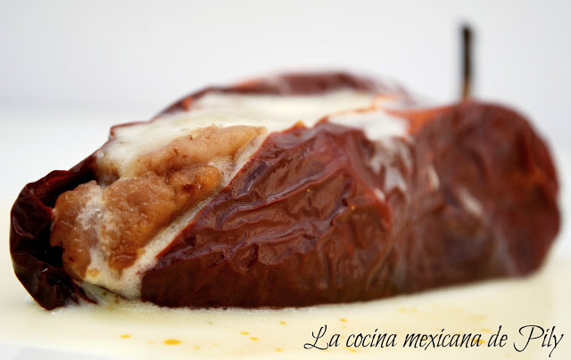 Chili Ancho Stuffed with Beans Recipe