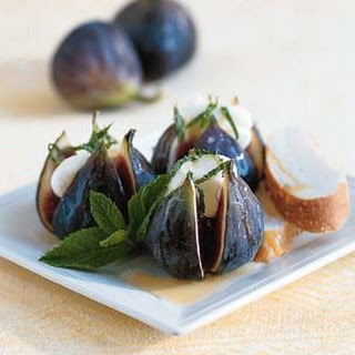 Fresh Figs with Mascarpone, Mint and Italian Honey.