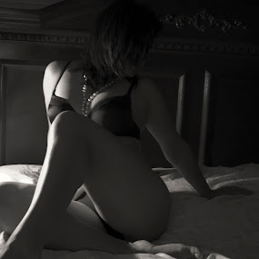 Soft Light by Antonio Gansa - Nudes & Boudoir Boudoir (  )