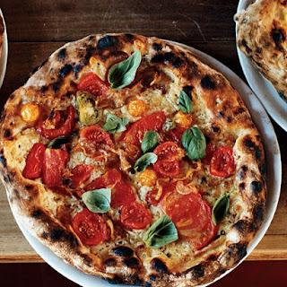 Heirloom-Tomato Pizza