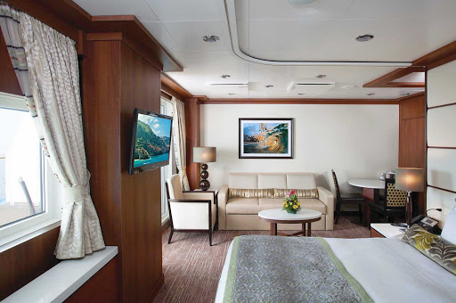 Norwegian-Pride-Of-America-Stateroom-Penthouse-SH-13016 - The Deluxe Penthouse with Large Balcony on Pride of America offers a relaxing sleep and great views.