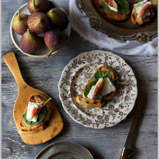 Fresh Fall Figs with Humbolt Fog...on Bruschetta Recipe