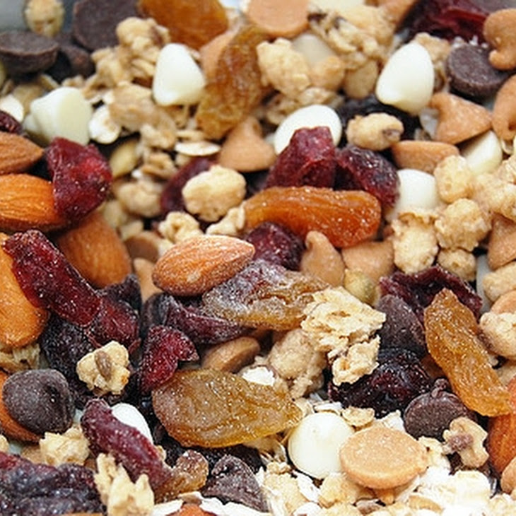 Party Bowl of Trail Mix Recipe