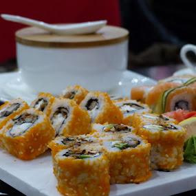 Sushi in St. Pet by Francesco Altamura - Food & Drink Plated Food ( food, sushi, plated food, restaurant, rolls,  )