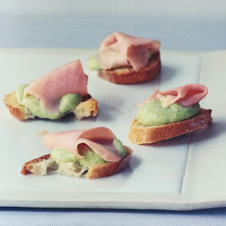 Sweet-Pea Canapes.