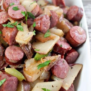 Bratwurst Potato Skillet